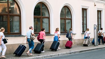 Polacy zaczynają rezerwacje. Część obiektów noclegowych zwleka z otwarciem