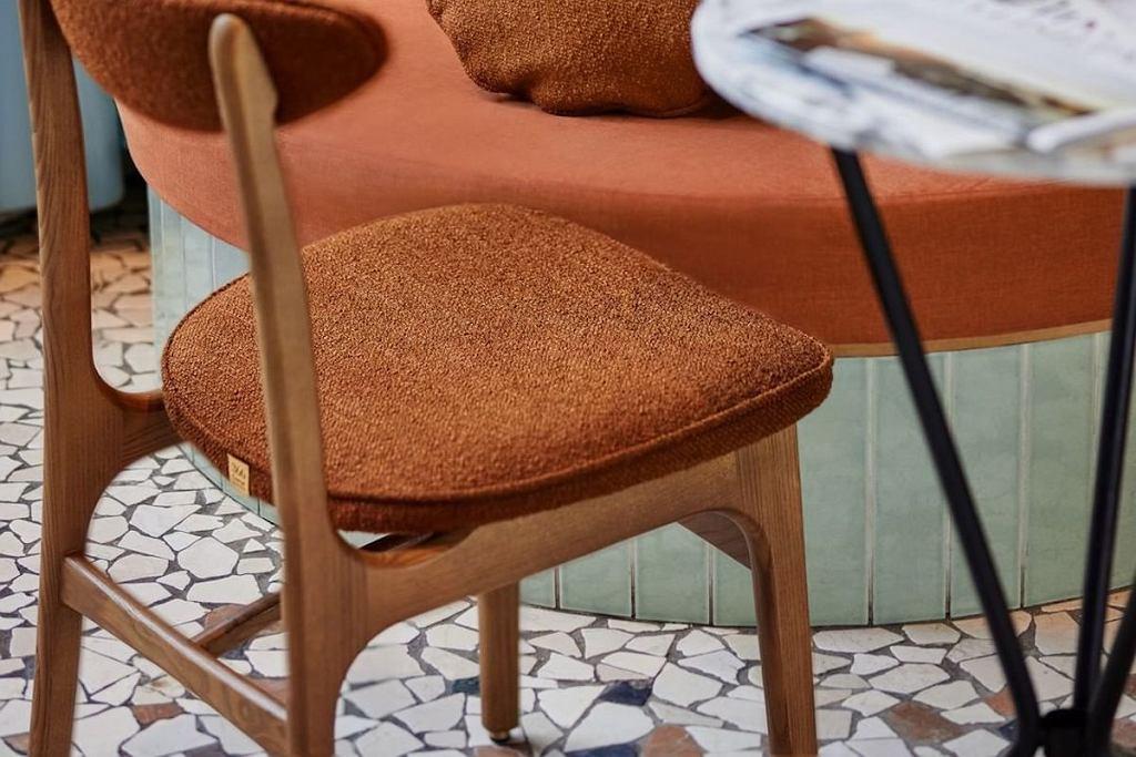 Krzesło 200-190, które zaprojektował Rajmund Teofil Hałas.