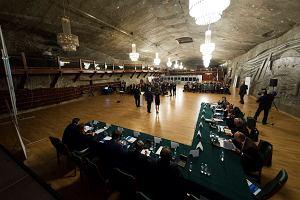 Zjazd eurosceptyków w kopalni soli w Wieliczce. Chcą rozwalić Unię z pomocą Rosji