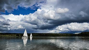 Jezioro Rynskie w okolicach Rynu
