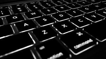 Wykorzystywanie seksualne dzieci w internecie wzrosło w czasie pandemii koronawirusa
