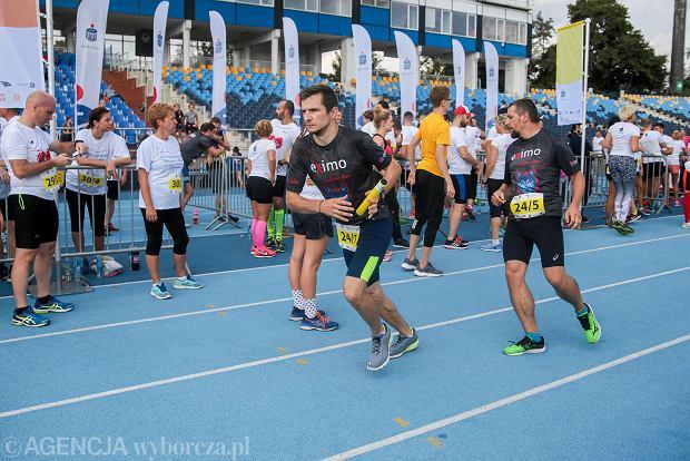 Zdjęcie numer 21 w galerii - PKO Bieg Charytatywny. Na Zawiszy pomagali biegając [ZDJĘCIA]