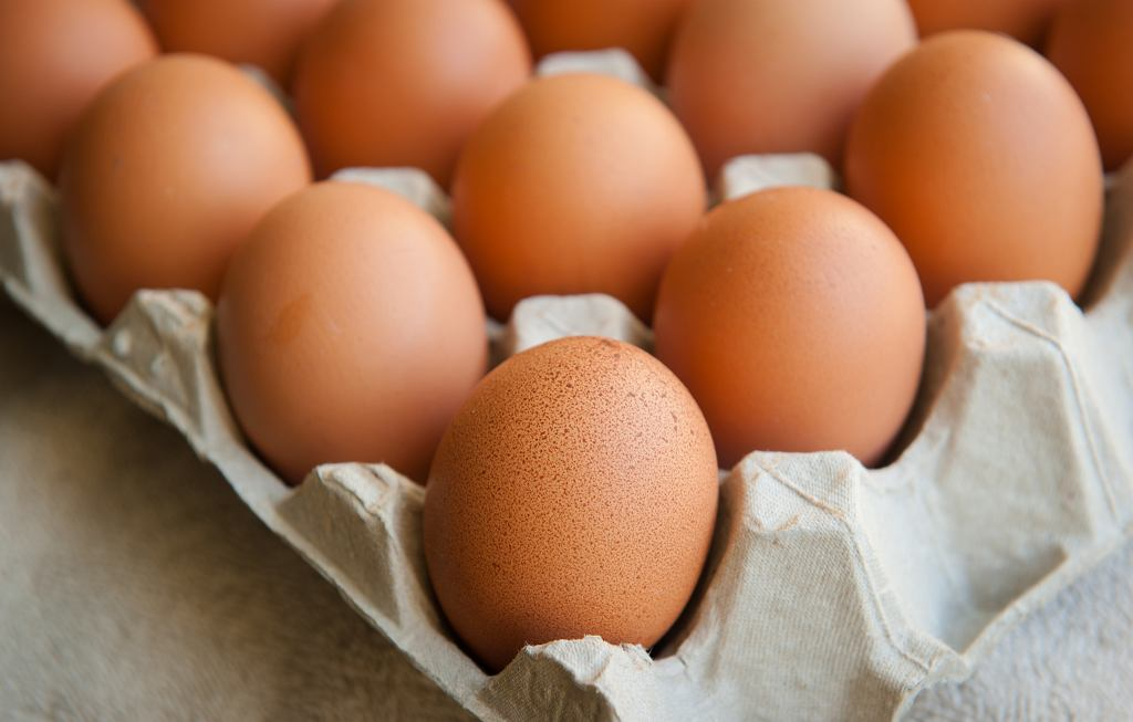 Skorupki jaj dzięki zawartości wapnia mają wiele właściwości zdrowotnych
