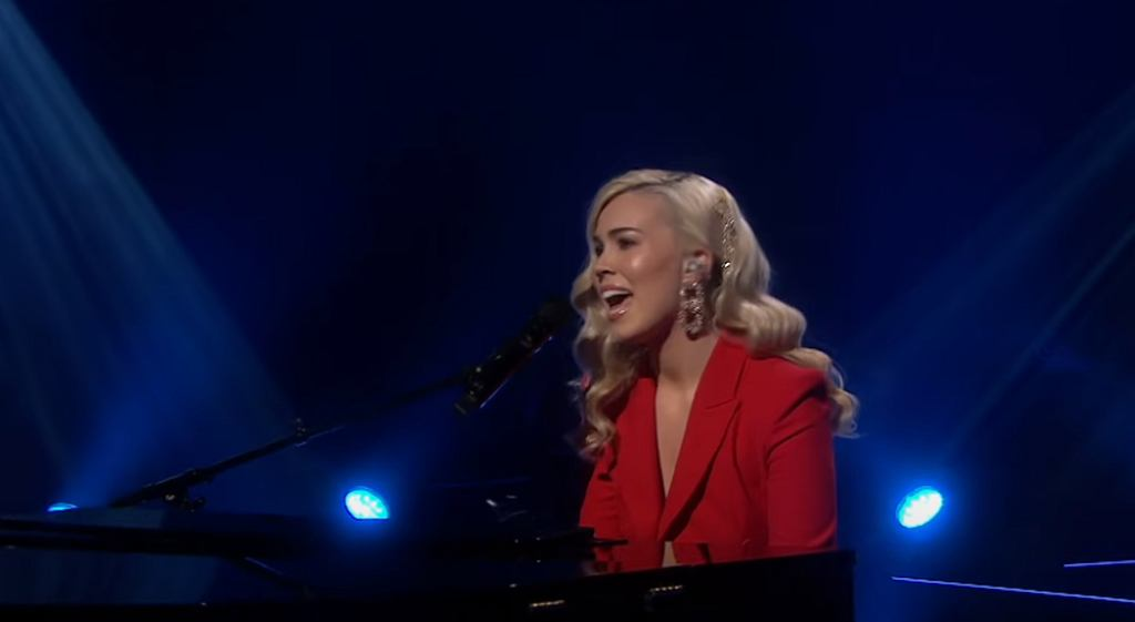 Sofie Fjellvang | Africa (Toto) | LIVE | The Voice Norway
