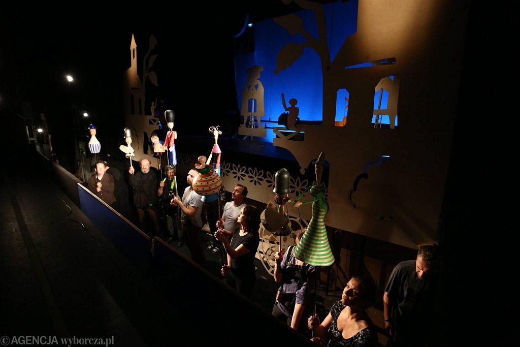 Próba w Teatrze Lalka / Adam Stepien