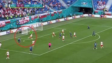 Wojciech Szczęsny tuż przed utratą gola w meczu ze Słowacją