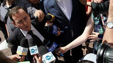 Były szef CBA Mariusz Kamiński 10 czerwca 2014 r. w drodze na zamknięte posiedzenie Sejmu, gdzie głosowano nad wnioskiem o pozbawienie go immunitetu. Wniosek upadł