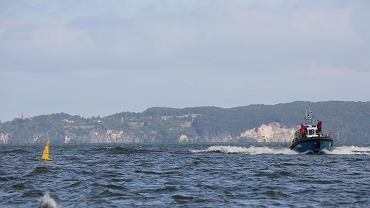 Nazwy nowych wysp, które zostaną usypane na Zalewie Szczecińskim zostały wybrane. Na razie oznaczają te obszary żółte boje