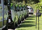 """""""Mój elektryk"""". Rząd znów szykuje dopłaty do aut na prąd. Chce rozdać aż pół miliarda"""