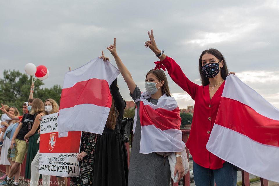 Łańcuch solidarności z Białorusią, który odbył się w Warszawie