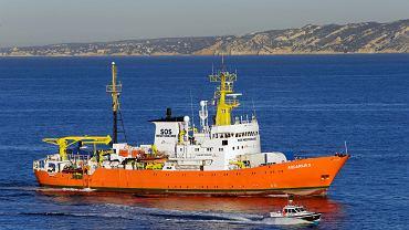 Aquarius zmierza do portu w Marsylii. 4 października 2018
