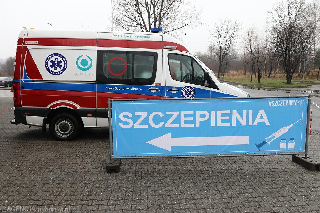 Walka z antyszczepionkowcami trwa. Do Sejmu trafił projekt ustawy (zdjęcie ilustracyjne)