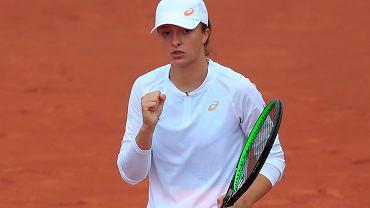 Roland Garros. Iga Świątek awansowała do IV rundy po pokonaniu Eugenie Bouchard