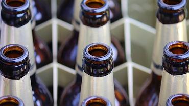 Lidl znów rozdaje piwo za darmo. Promocja 4+4 tylko przez jeden dzień i nie dla wszystkich