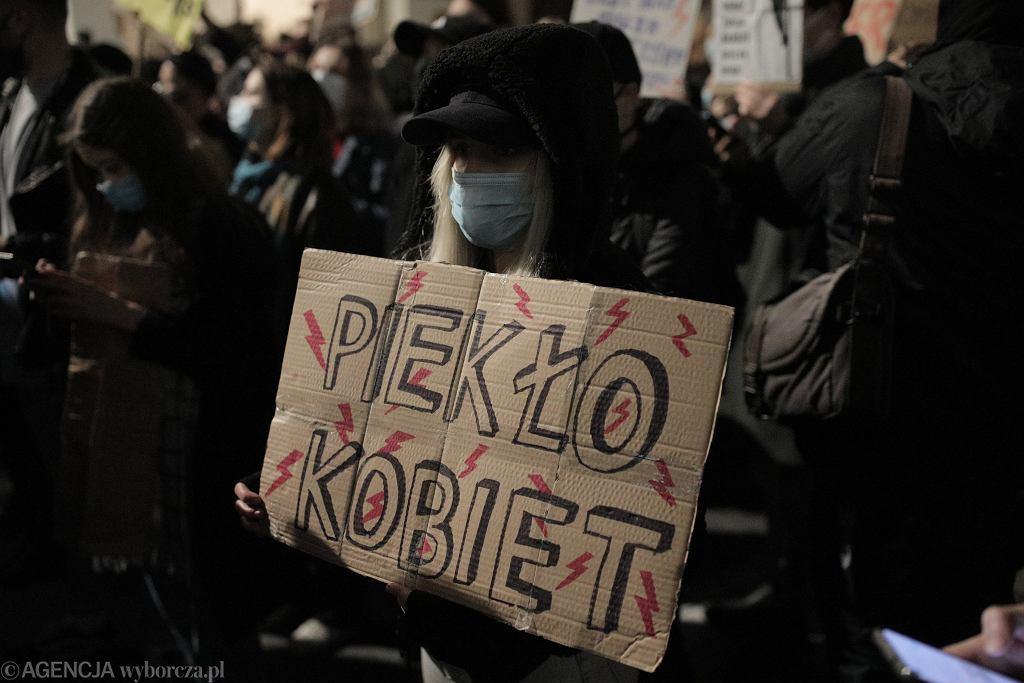 Protesty przeciwko zaostrzeniu prawa aborcyjnego
