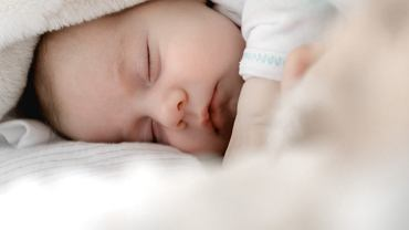 Jakie imię dla dziecka wybrać? (zdjęcie ilustracyjne)