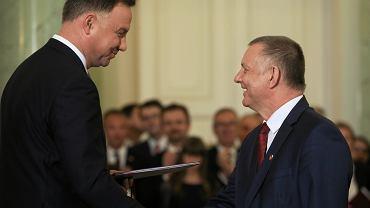 Prezydent RP Andrzej Duda i nowo powołany minister finansów w rządzie PiS Marian Banaś. Warszawa, 4 czerwca 2019