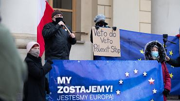'Polexit byłby geopolitycznym koszmarem'. Niemcy piszą o 'meksykańskim pacie'