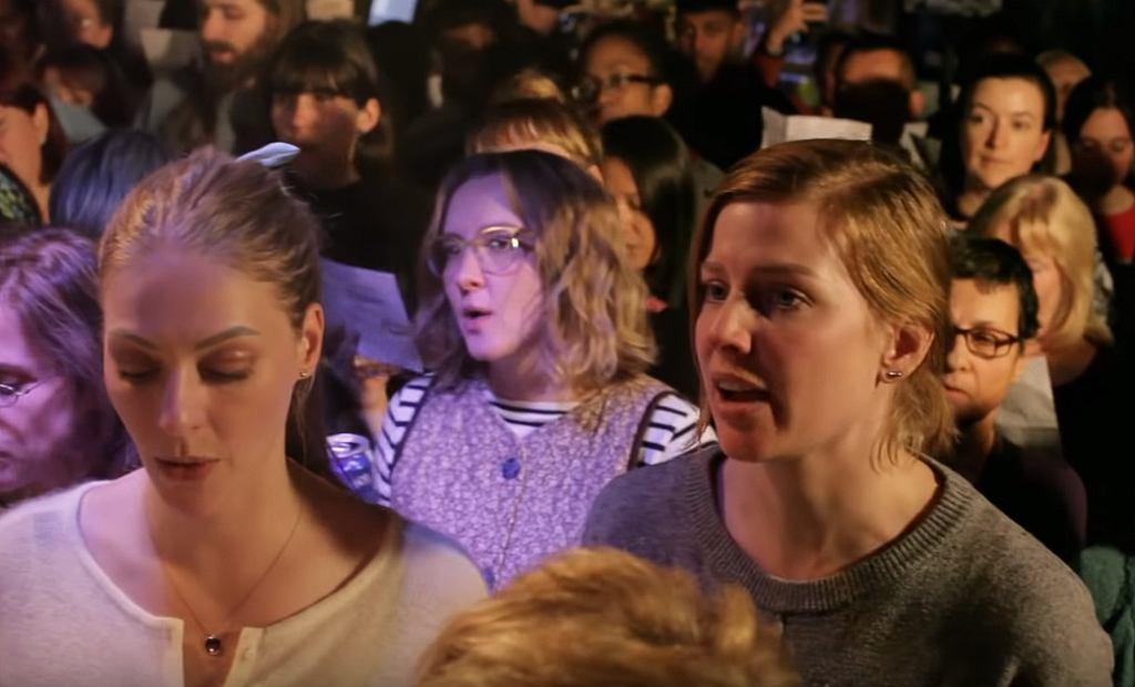 Choir! Choir! Choir! sings Cher! 'If I Could Turn Back Time'