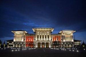 """""""Biały"""" pałac prezydenta Turcji kosztował ponad 1,5 mld zł. Inni przywódcy też sobie nie żałowali. Oto najdroższe rezydencje władzy na świecie"""