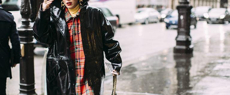 Polki pokochały ten fason kurtki! Modele w popularnej sieciówce kupisz taniej