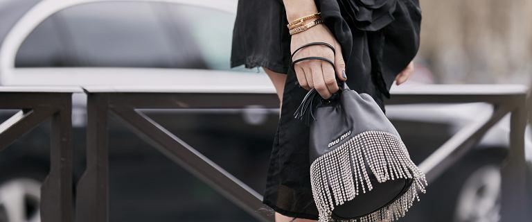 Te torebki podkręcą każdą stylizację! Stylowe modele kupisz za bezcen