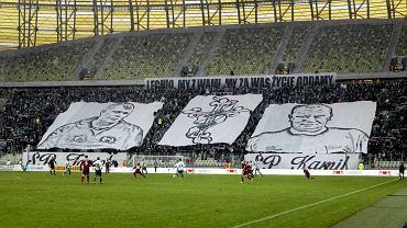 Lechia Gdańsk zremisowała z Wisłą Kraków w meczu na PGE Arenie. Spotkanie miało specjalną oprawę. Z powodu żałoby kibice Lechii przyszli ubrani na czarno, mecz rozpoczął się on od minuty ciszy, a w trakcie spotkania kilkakrotnie przypominano zmarłych.