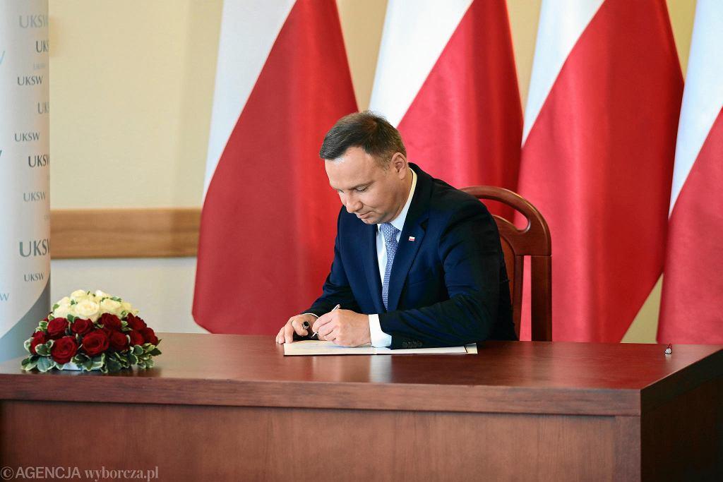 Prezydent Andrzej Duda podpisał nowelizację ustawy o UKSW