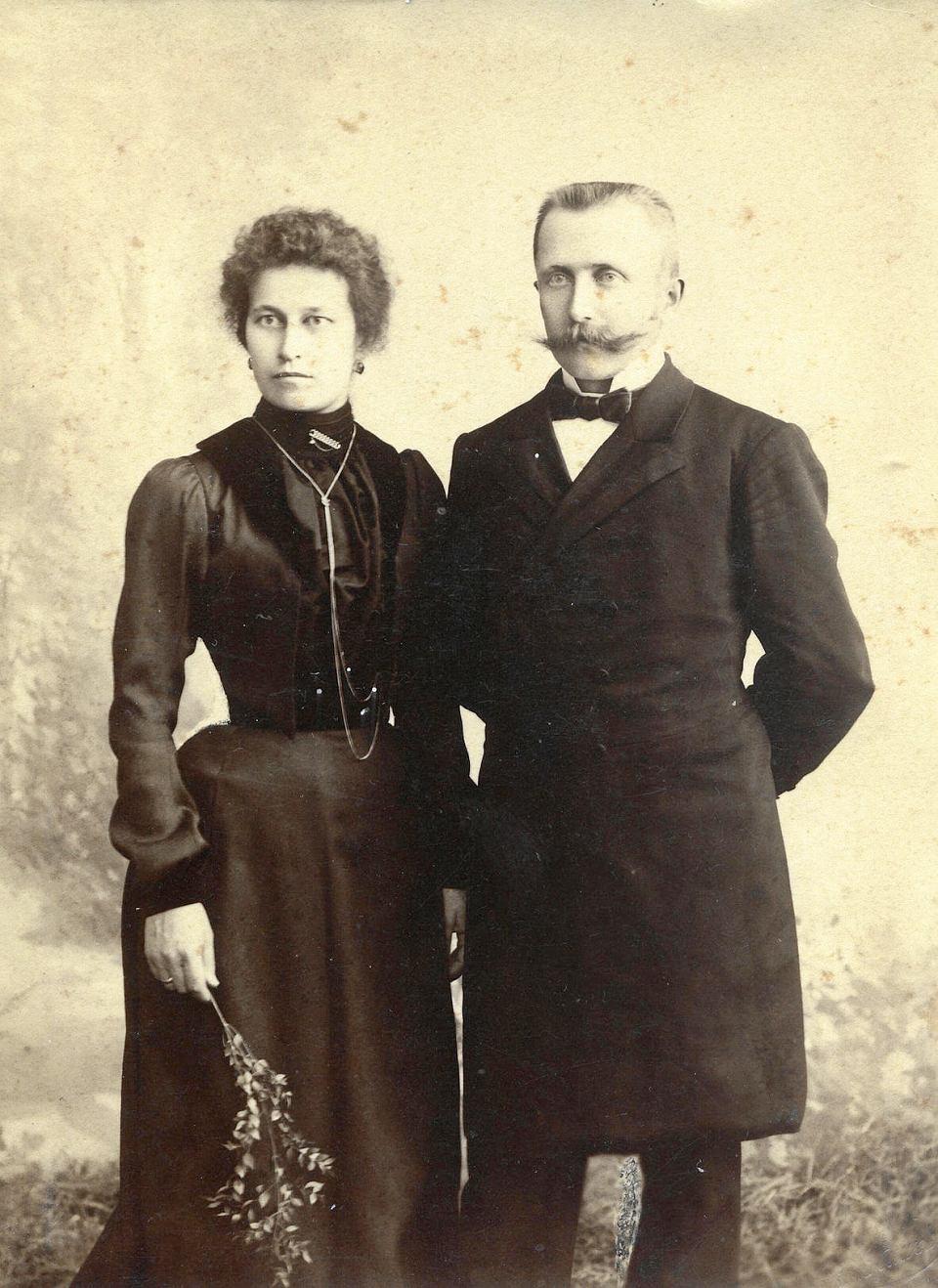 Zdjęcie numer 2 w galerii - Moją rodzinę przed bolszewikami uratował