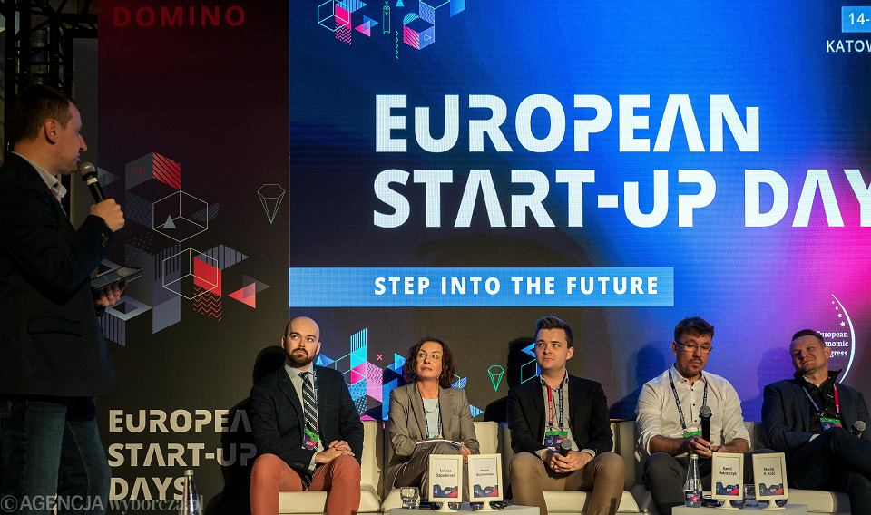 Panel 'Mrzonki o naprawie świata, brak bezpieczeństwa, brak ścieżki kariery. Czy start-upy są pracodawcą przyszłości?' podczas European Start-up Days 2019 w Katowicach