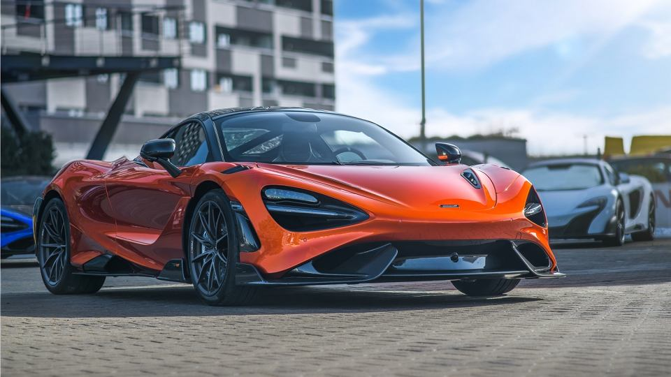 McLaren765LT