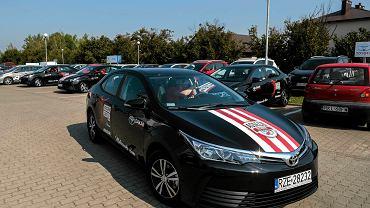 Siatkarze Asseco Resovii odebrali nowe samochody