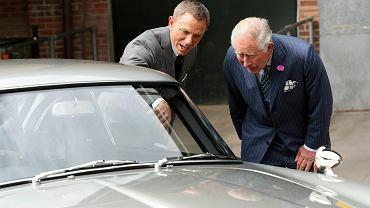 Książę Karol na planie nowego filmu o Jamesie Bondzie