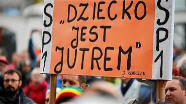 Protest nauczycieli przeciwko rządowej reformie edukacji