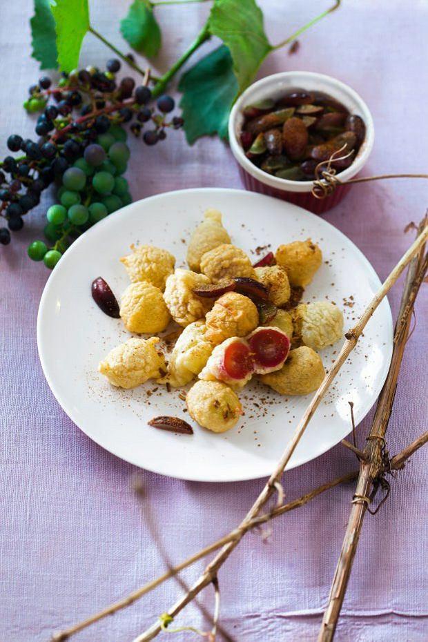 9 ciast z owocami do upieczenia w tym miesiącu