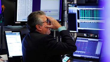 Mocne spadki na giełdach 5 sierpnia. Powód to wojna handlowa na linii USA - Chiny