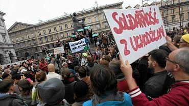 """Manifestacja w Warszawie """"Uchodźcy mile widziani"""""""