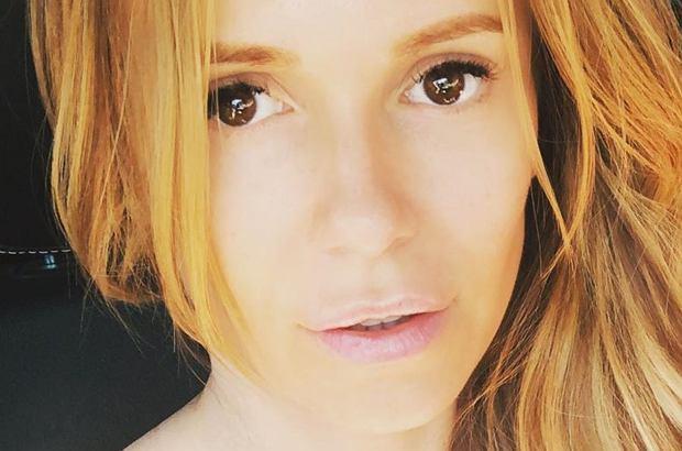 """Doda wygrała proces z TVN-em. Chodzi o sprawę z 2013 roku, kiedy to chirurg plastyczny powiedział w programie """"Na językach"""", że piosenkarka poprawiała nos."""