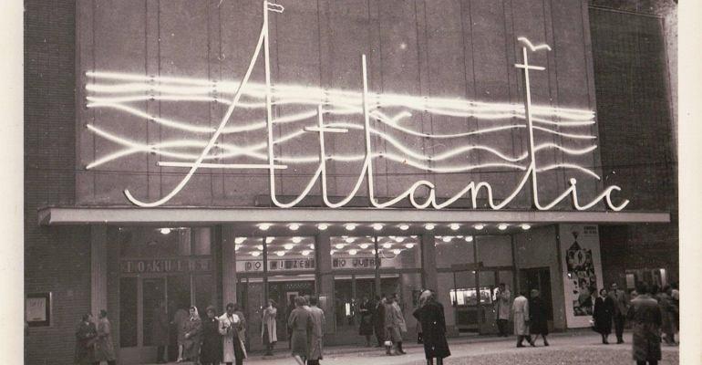 W latach 60. kino Atlantic przeszło remont, zyskując nową fasadę i charakterystyczny neon, który był ozdobą kina aż do ponownego remontu na przełomie 1999 i 2000 r.