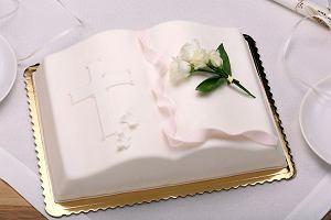 Torty komunijne - ozdoby, propozycje dla dziewczynki i dla chłopca