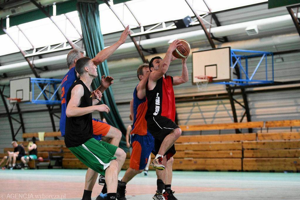 W niedzielę rozpoczął się cykl letniej ligi koszykówki ulicznej