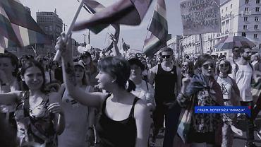 Fragment reportażu TVP 'Inwazja' prezentowany w 'Wiadomościach' TVP