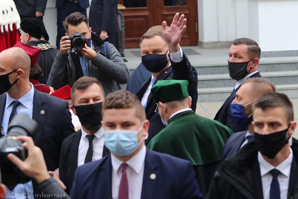 Inauguracja roku akademickiego na UW. Protest przeciwko wizycie Andrzeja Dudy