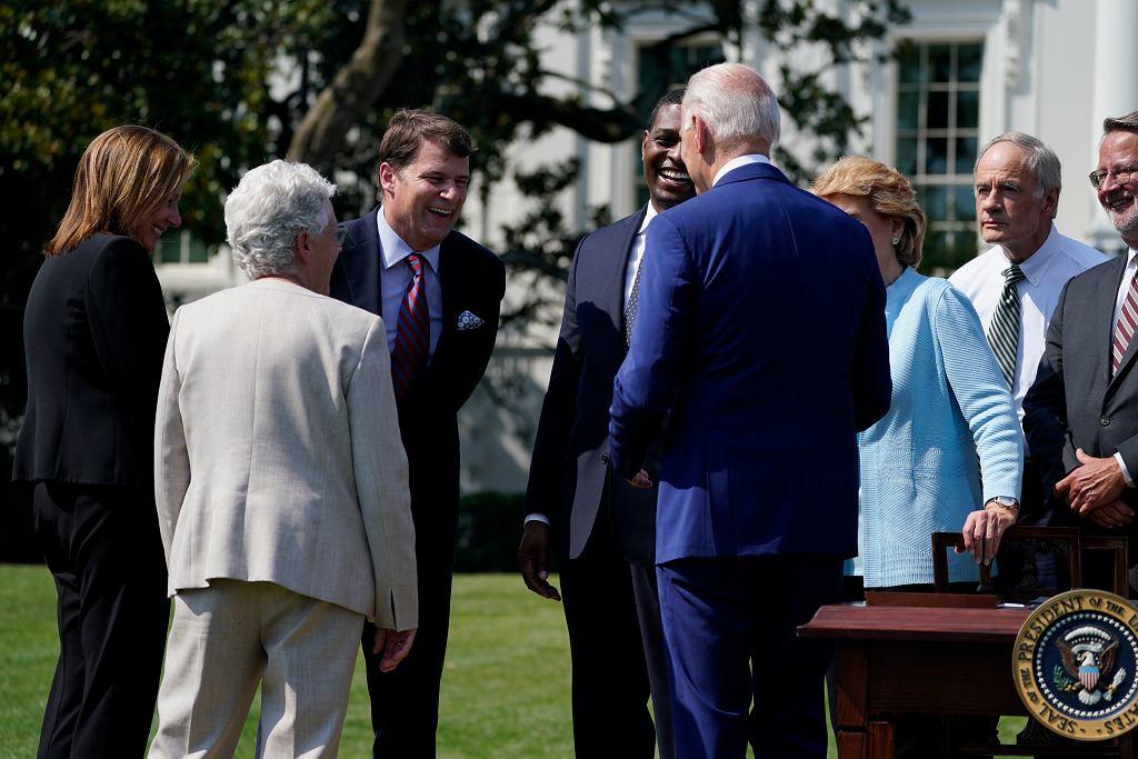 Joe Biden rozmawiał w Białym Domu m.in. z dyrektorem General Motors i CEO Forda