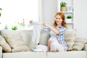 Wyprawka dla noworodka: ubranka