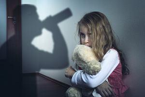 Dorosłe dzieci alkoholików. Czym jest syndrom DDA i jak się go leczy?