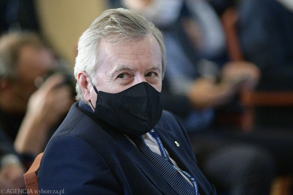 Piotr Gliński zarządził wstrzymanie wypłat w ramach Funduszu Wsparcia Kultury oraz weryfikację wyników