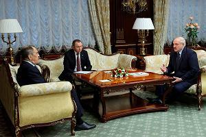 Łukaszenka wykręca się od obietnic składanych Moskwie. Zniecierpliwiony Kreml przypomina: czas się pakować