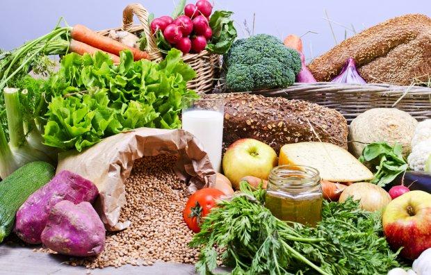 Zdrowa żywność. Produkty eko i bio. Zobacz, na co zwracać uwagę, wybierając żywność ekologiczną. [PORADNIK]