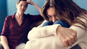 Jak przygotować córkę na zmiany, które czekają ją w okresie dojrzewania?